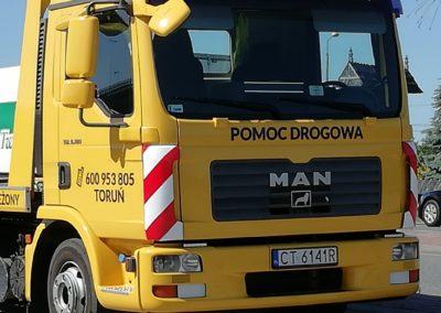 Zdjęcia z prac pomocy drogowej